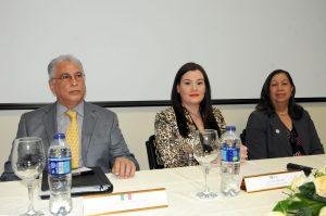 MICM imparte taller sobre comercialización de productos mexicanos