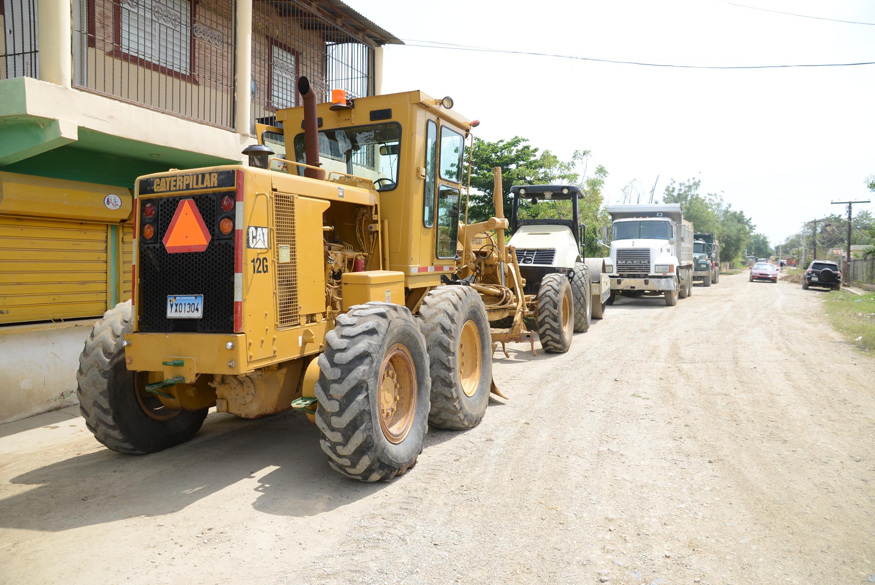 MONTECRISTI: Gobierno invertirá $1,578 millones en construcción 24 obras