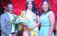 Eligen reina del Carnaval Tierra y Mar de Boca Chica