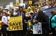 Oficiales electos, políticos y activistas piden más cámaras cerca de escuelas