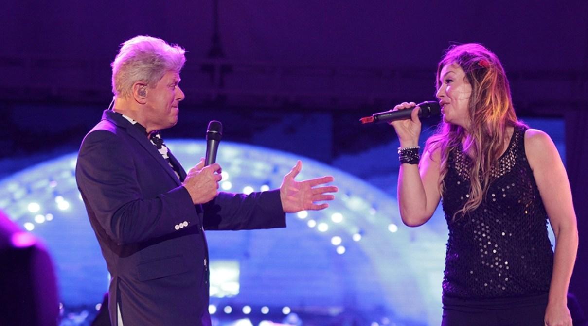 Peter Cetera y Sandy Gabriel ponen a vibrar anfiteatro de PP