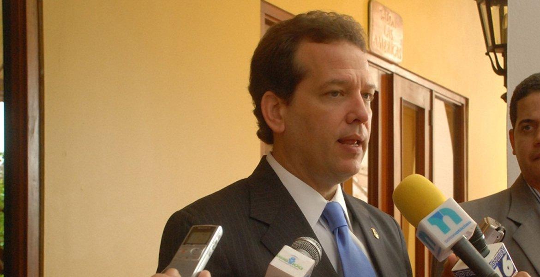 Ito Bisonó anuncia que aspirará a la presidencia de la República en 2020