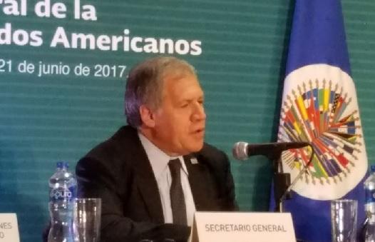 Almagro insta a Venezuela a realizar elecciones y liberar presos políticos