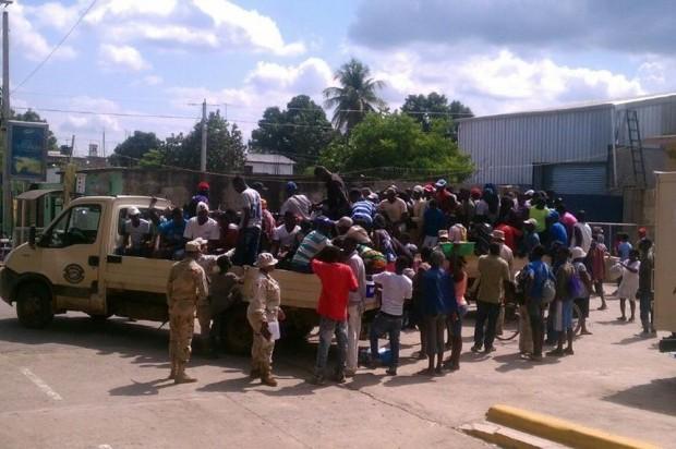 El CESFRONT apresó a 318 haitianos intentaron ingresar ilegalmente a RD