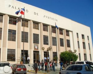 Condenas 20 y 15 años prisión a 2 hombres violaron mujer en el DN