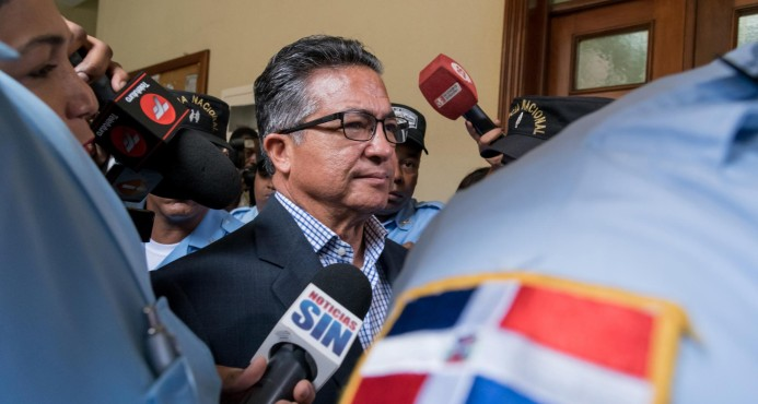 La Procuraduría interrogará mañana al exsecretario FFAA Rafael Peña Antonio
