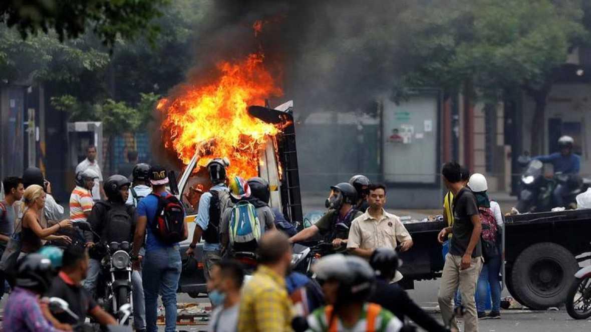 VENEZUELA: Un muerto y varios heridos tras nueva protesta opositora