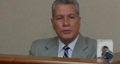Toca Simó se compromete a trabajar de la mano con el sector industrial