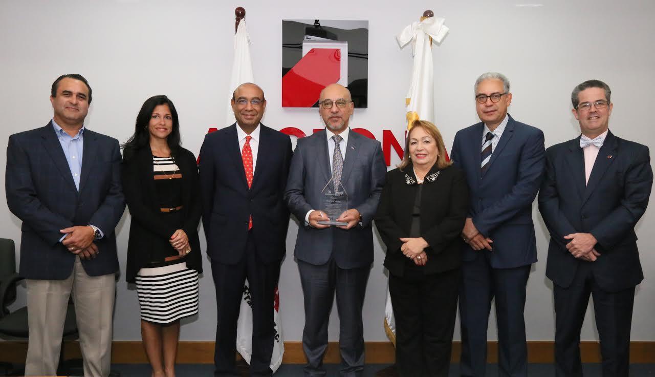 Embajador destaca rol de las zonas francas en la economía