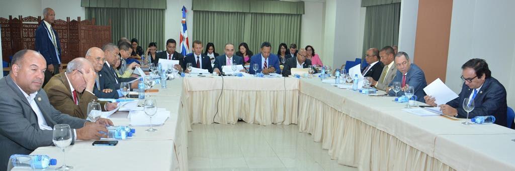 Comisión Bicameral concluye lectura del proyecto de ley de partidos