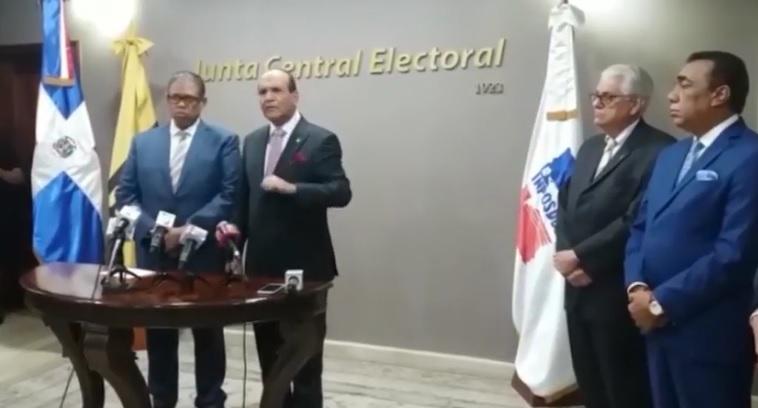 Presidente JCE advierte nunca organizaría elecciones ilegales