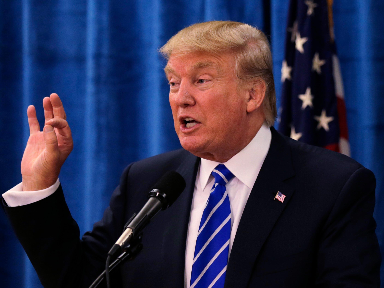 """Trump critica que veto migratorio siga bloqueado en """"momento tan peligroso"""""""