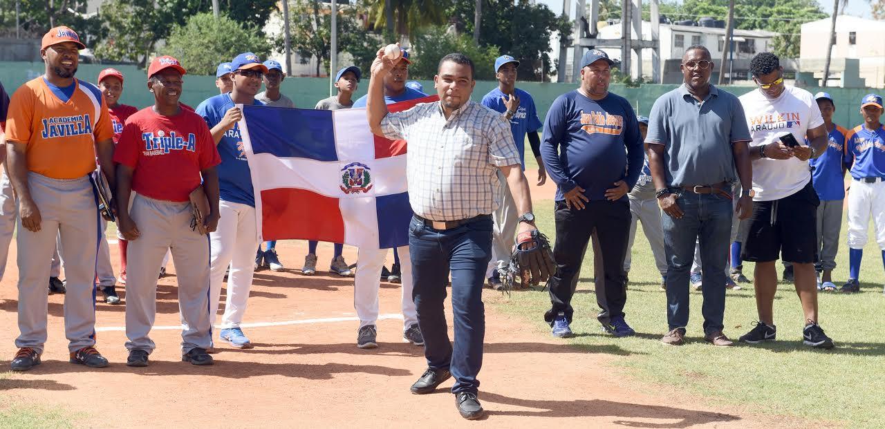 Triple A, Wilkin Araújo y La Javilla triunfan en Diamond