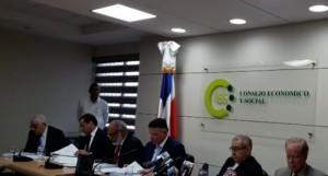 """Comisión dice licitación Punta Catalina se hizo """"mayormente"""" dentro de la ley"""