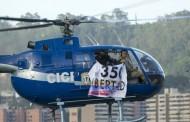 """TENSION VENEZUELA: Helicóptero CICPC sobrevuela con """"mensaje de libertad"""""""