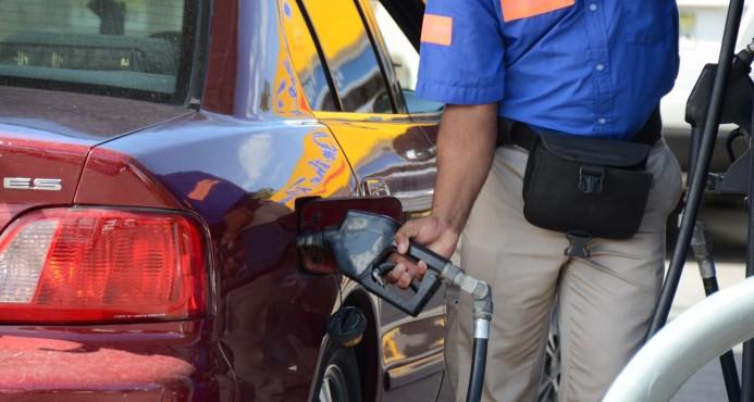 Rebajan RD$1.50 a gasolinas y gasoil Regular; aumentan avtur y kerosene