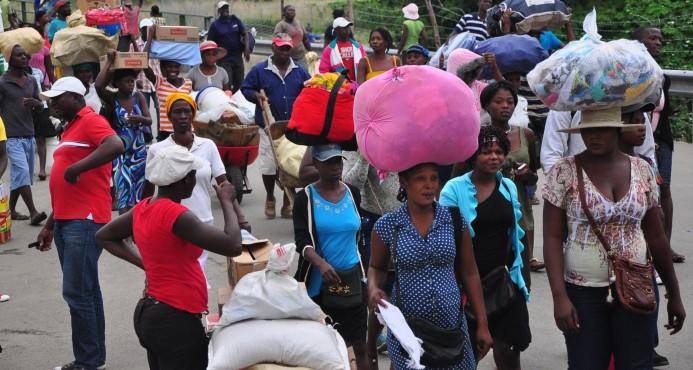 Las autoridades haitianas no impidieron este lunes el paso de productos de RD
