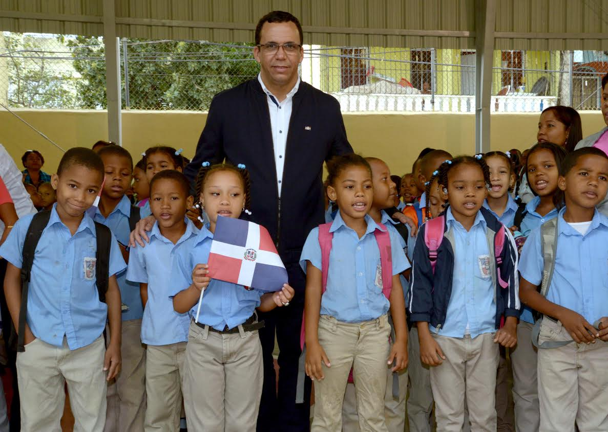 Ministro de Educación se sentará cara a cara con estudiantes de R.Dominicana