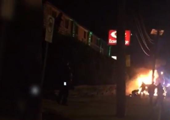 NUEVA JERSEY: Video muestra a policías que patean dominicano prendido en llamas