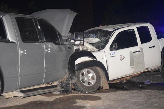 Choque provoca la muerte a dos personas en Barahona