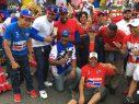 LOS ANGELES: Carroza dominicana participa en desfile Centroamericano