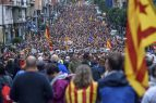 Referéndum en Cataluña: Miles de personas se manifiestan contra el 1-O