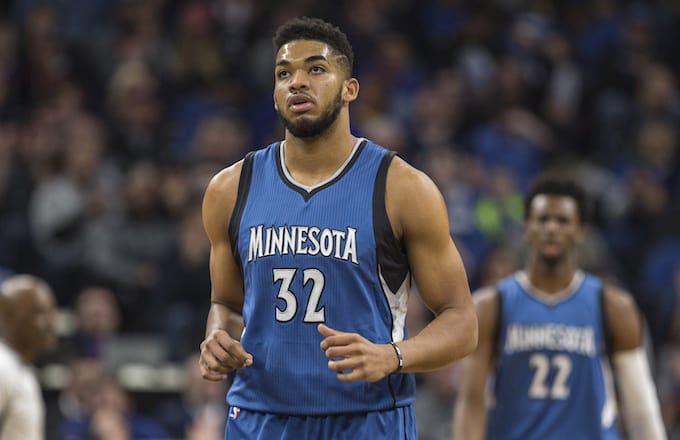 Con 'doble doble' de Karl-Anthony Towns, Wolves vencen a Jazz