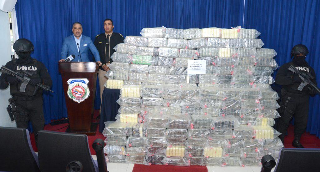 DNCD ocupa 850 paquetes de cocaína en La Romana