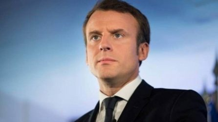 Francia, herida, sube tono contra EE.UU. por contrato con Australia