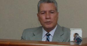 Ministro arremete contra organizadores huelga por alza combustibles