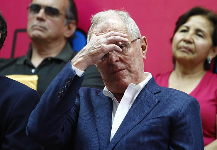 PERU: Presidente Pedro Kuczynski renuncia tras crisis por compra votos