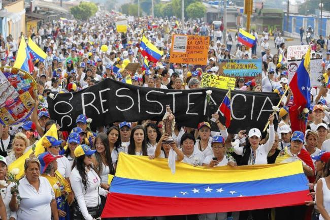 Juan Manuel Santos pidió a la CIDH el control del éxodo venezolano