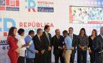 Danilo pone en marcha Plan Piloto del República Digital Educación