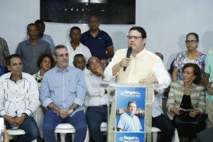 Sanz Lovatón recibe apoyo de Abinader para presidente PRM en el DN