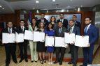 Cámara de Diputados reconoce decenas a jóvenes emprendedores