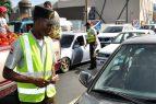 Retienen cientos de vehículos tras finalizar plazo renovación marbete