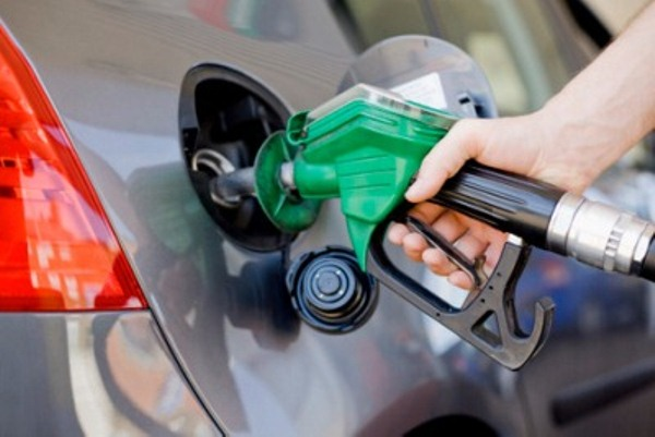 Otra vez suben precios de los combustibles