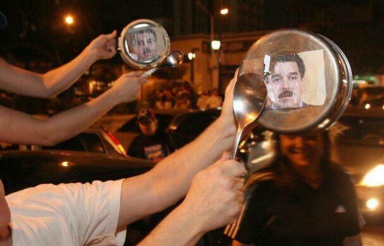 Protestaron contra Maduro con un