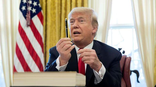 """Trump responde a Kim Jong-un que su botón nuclear es """"más grande"""""""