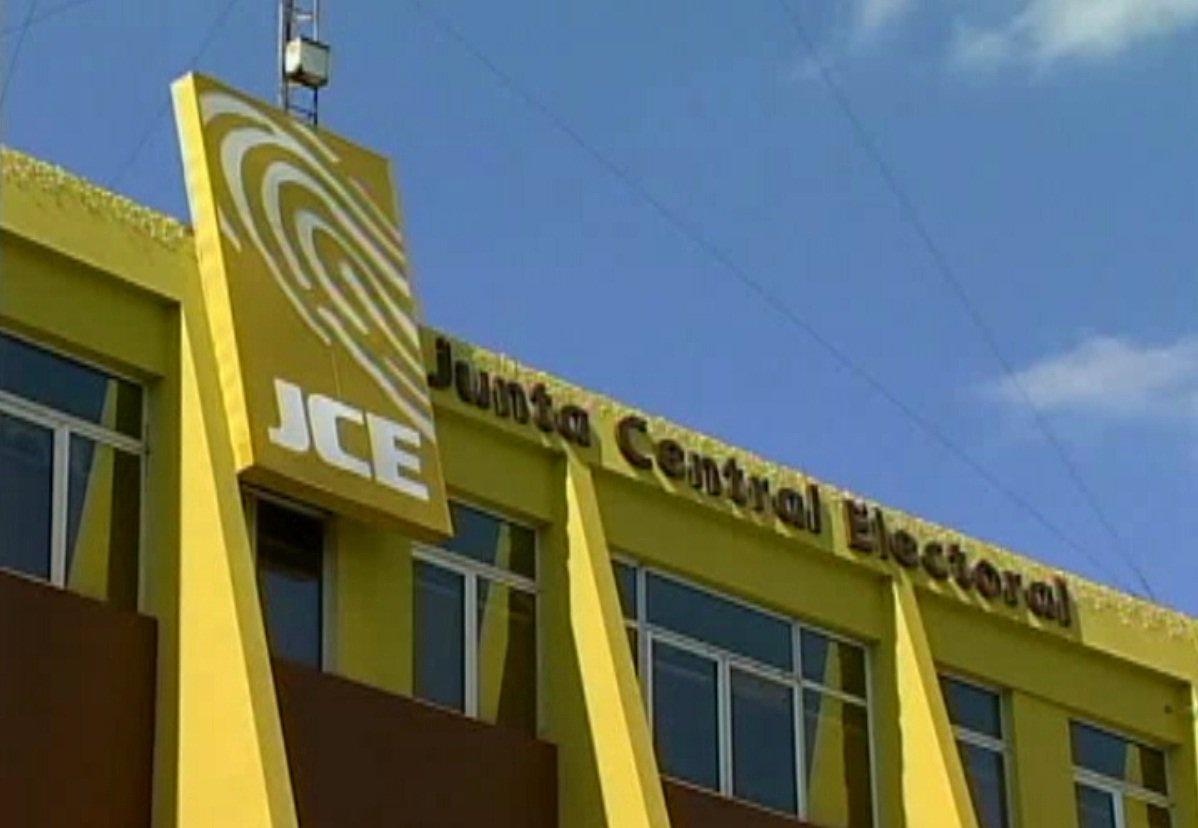 JCE convoca para este jueves a los presidentes de partidos reconocidos