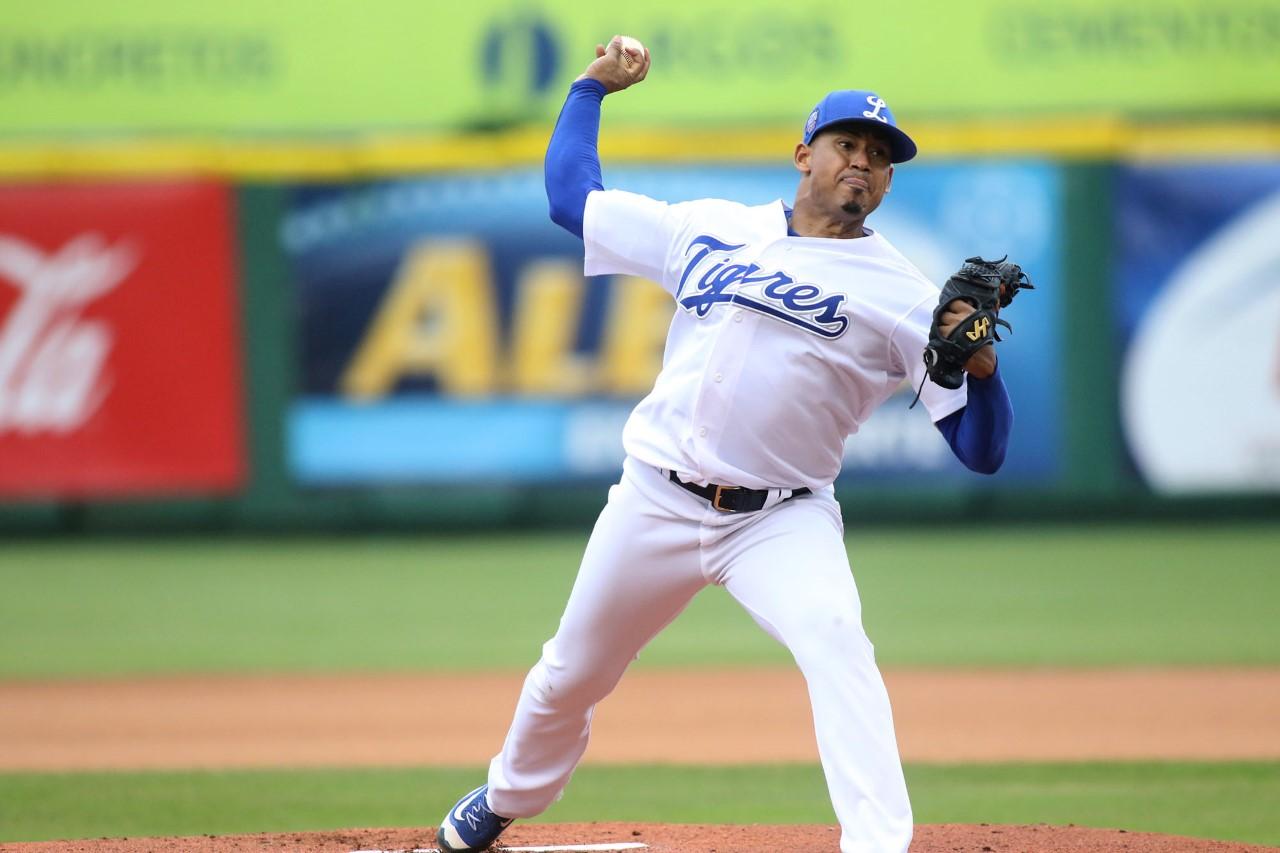 Licey apabulla a las Aguilas y empatan serie final del beisbol dominicano