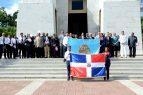 Dirección Migración rinde honor a los Padres de la Patria
