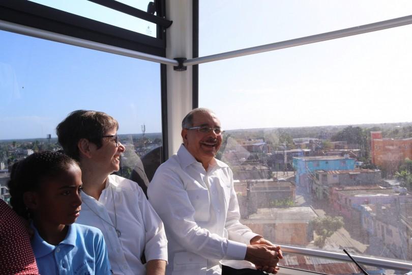 """Danilo Medina: """"Teleférico de SD es obra de conectividad para la gente"""""""