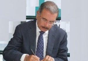 Danilo expresa es empeño del Gobierno crear nuevas fuentes de trabajo en la RD