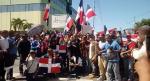"""Protestan frente al Congreso contra Danilo y su política """"pro haitiana"""""""
