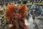 Carnaval de Río se convierte en una fiesta callejera
