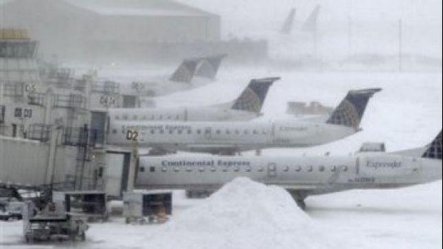 Tormenta de nieve anula más de 2.000 vuelos en Nueva York
