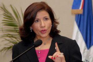 Vicepresidenta: «Las mujeres sabemos poner orden y hacer cumplir las leyes»