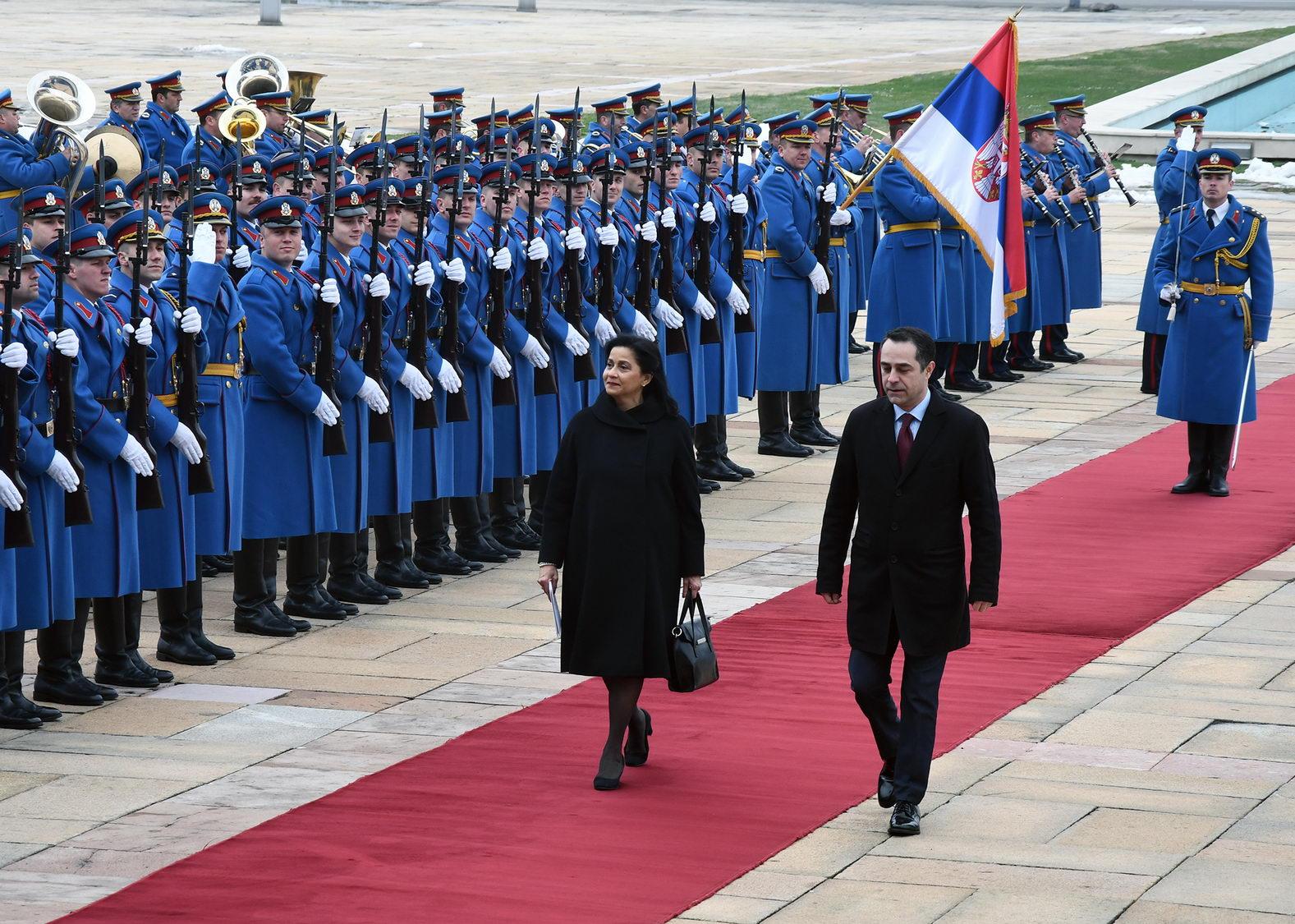 Danilo Medina recibe cartas credenciales de cinco embajadores acreditados en RD