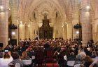 Más de cien voces y músicos concitan ovación en Concierto de Viernes Santo